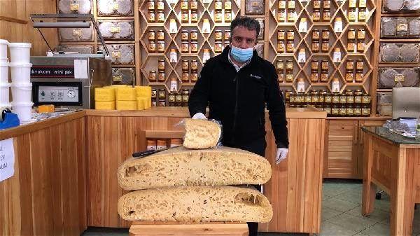 Kars'ta 100 kiloluk dev gravyer peyniri değeri dudak uçuklattı! - Sayfa 2