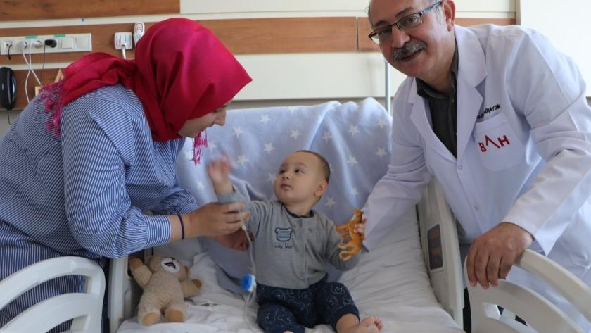 Samsun'da 1 yaşındaki bebeğin 5 adet taş çıkarıldı