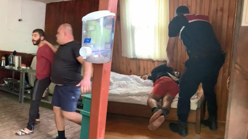 Baskın yapan otel sahibi, el ve ayaklarını bağladığı kiracısını dövdü