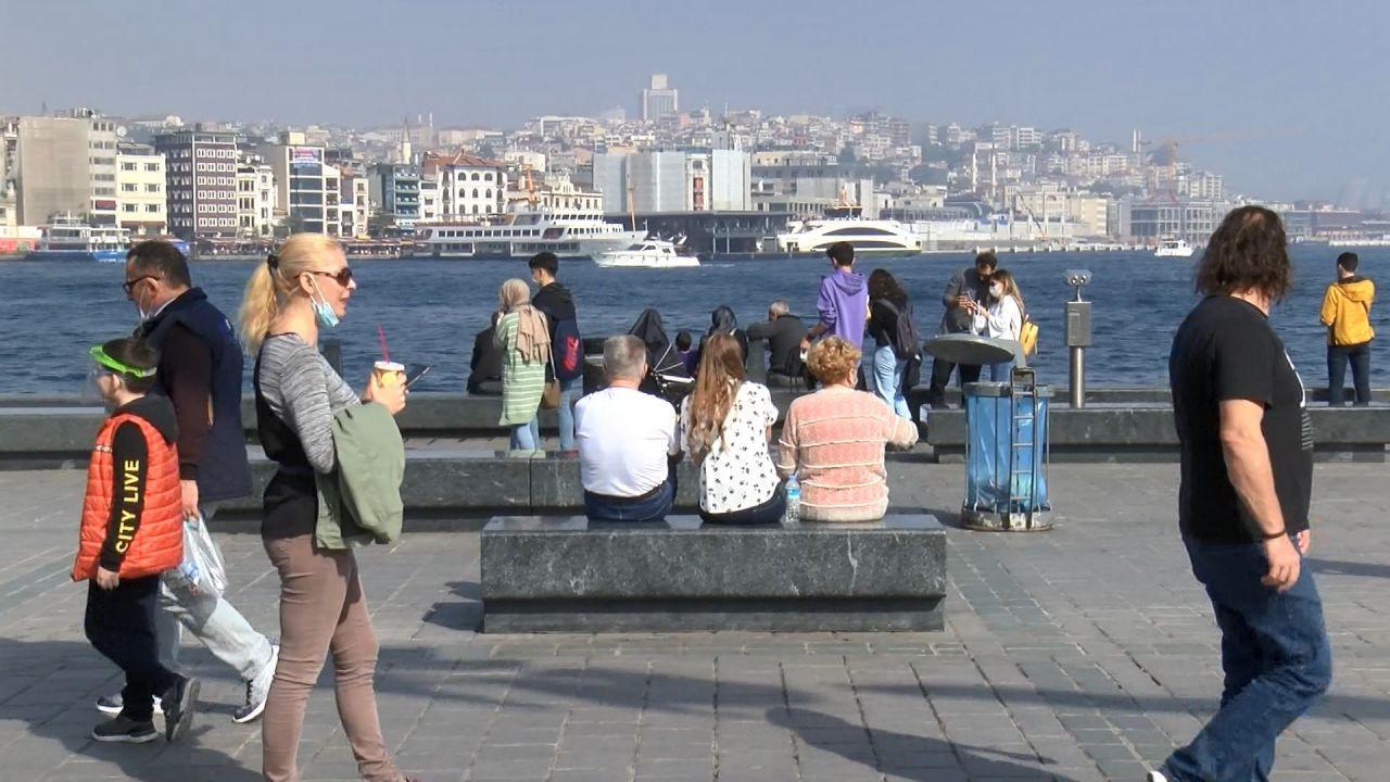 İstanbullular hafta sonunda sokağa döküldü - Sayfa 2