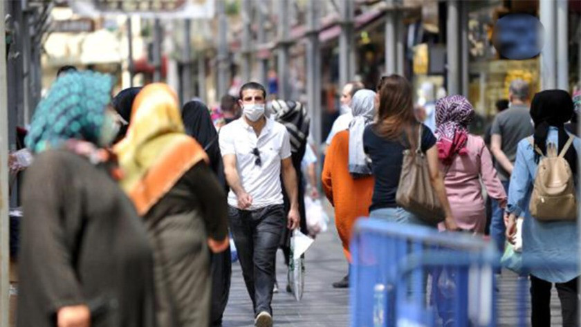 O ilimizde yürürken sigara içmek yasaklandı