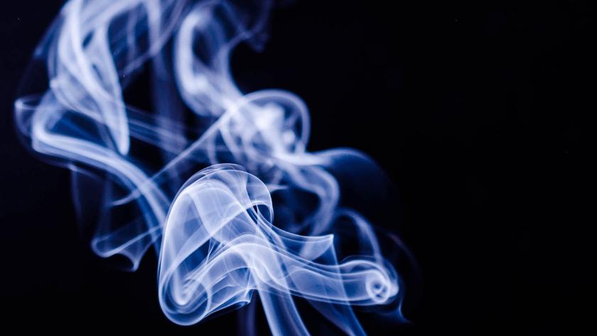 Bilim Kurulu Üyesi uyardı! Sigara dumanı virüsü daha çok yayıyor