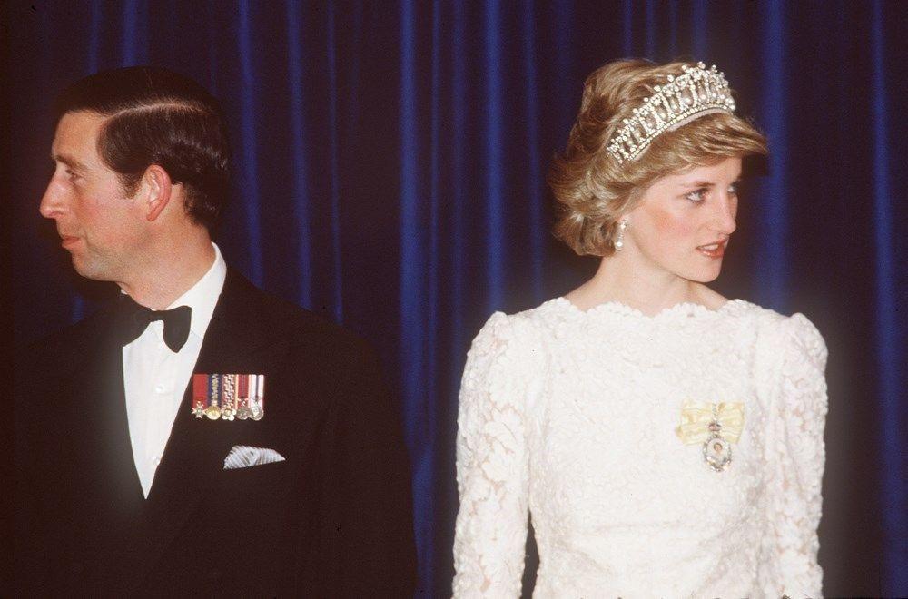 Prens Charles yıkıcı gerçeği Diana'ya düğünden bir gece önce söylemiş - Sayfa 4