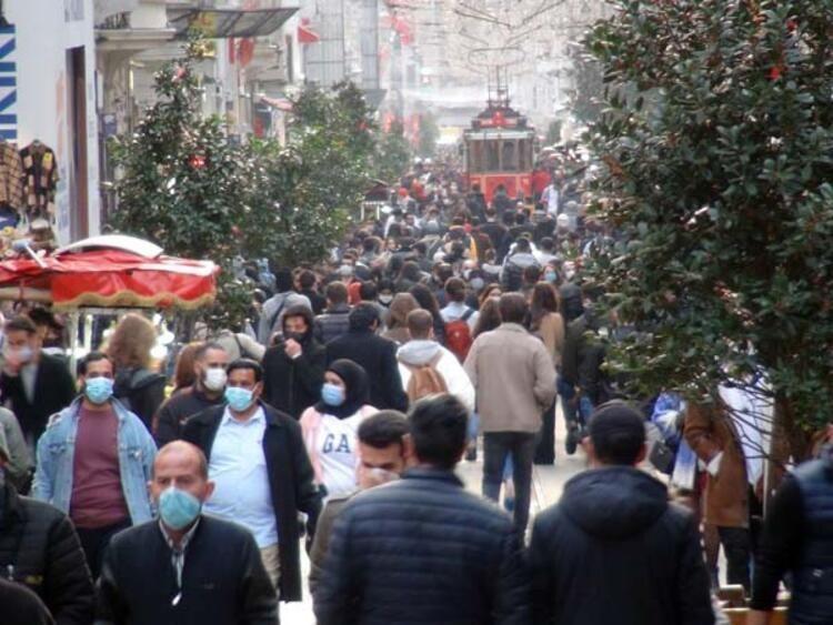 İstanbul İstiklal Caddesi'nden gelen görüntüler korkuttu! Pandemi yok sayıldı! - Sayfa 3
