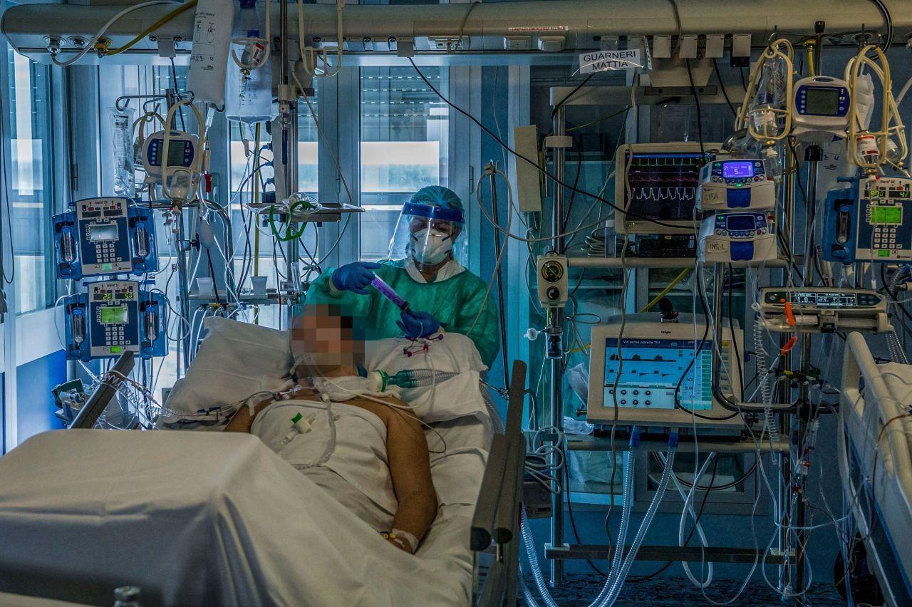 İstanbul'da yoğun bakım hastaları için yer bulamıyoruz! Doktorlar hasta seçecek! - Sayfa 4
