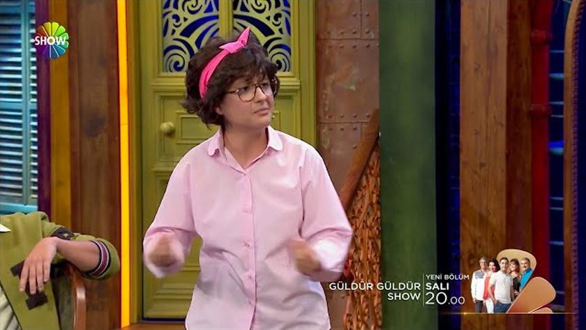 Güldür Güldür Show 243.Bölüm Fragmanı İzle