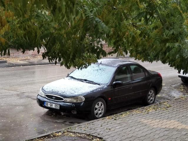 Başkent'te mevsimin ilk karı yağdı - Sayfa 1