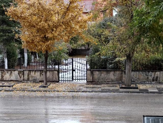 Başkent'te mevsimin ilk karı yağdı - Sayfa 3