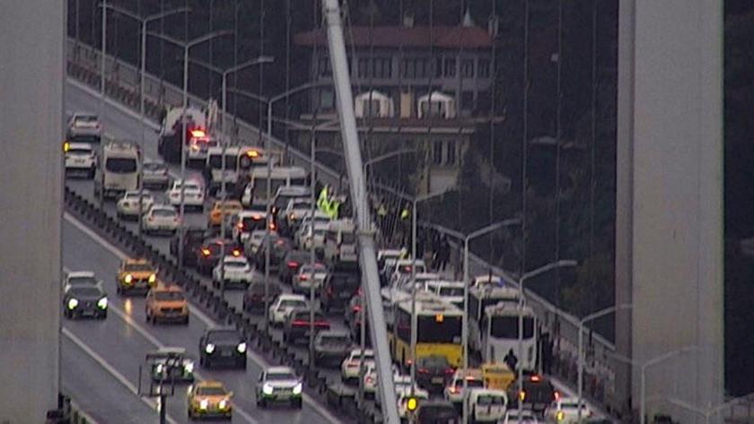 15 Temmuz Şehitler Köprüsü'nde 2 kişi intihara kalkıştI