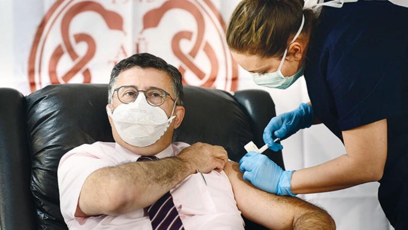 Aşı gönüllüsü Prof. Dr. Necmettin Ünal tartışmalara son noktayı koydu: Öyle bir lüks yok