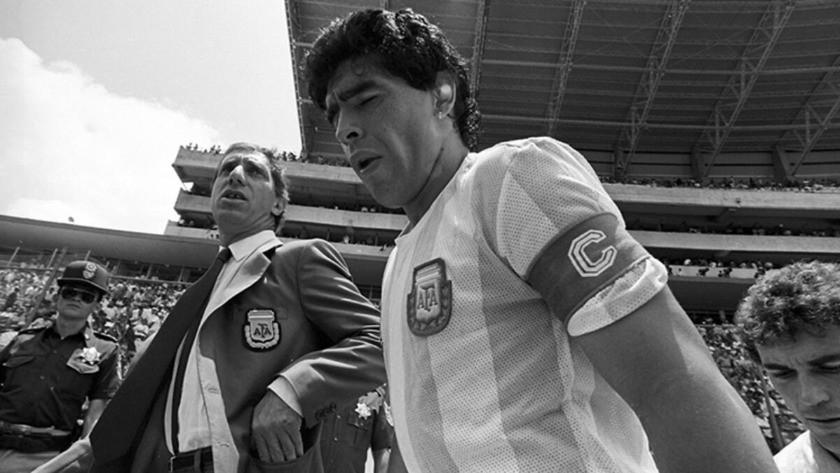 Dünya futbolu Maradona için yasta! İşte futbol dünyasından taziye mesajları
