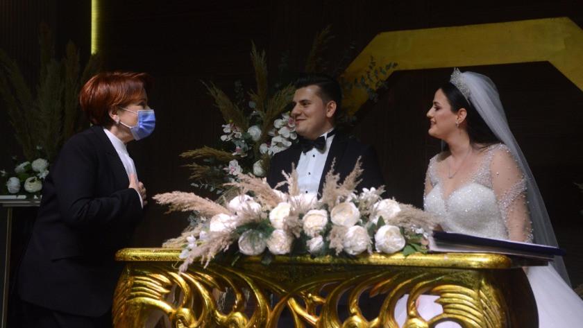 Meral Akşener nikah şahidi oldu