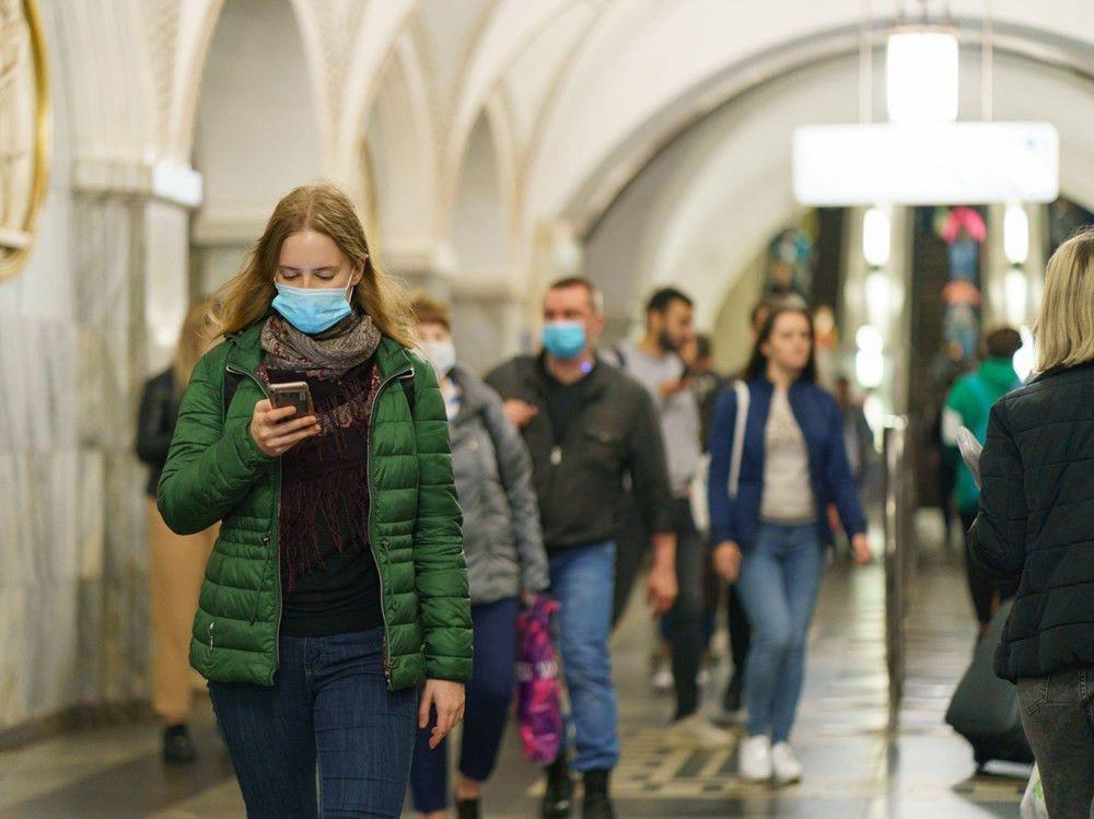 Koronavirüs aşısı olanlar da maske takmaya devam edecek mi? - Sayfa 1