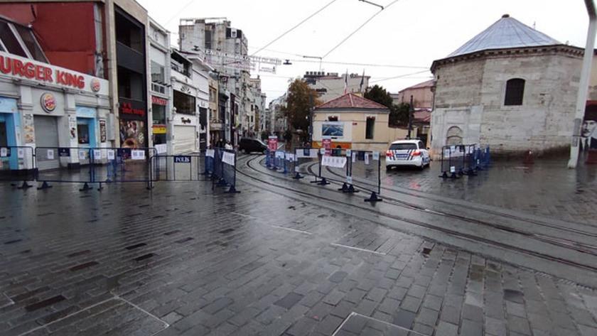 İstiklal Caddesi Sokağa çıkma kısıtlaması nedeniyle boş kaldı