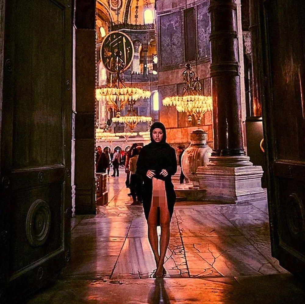 Ayasofya'da Manken Marisa Papen o fotoğraflarla rezalete imza atmıştı! Dava açıldı - Sayfa 2