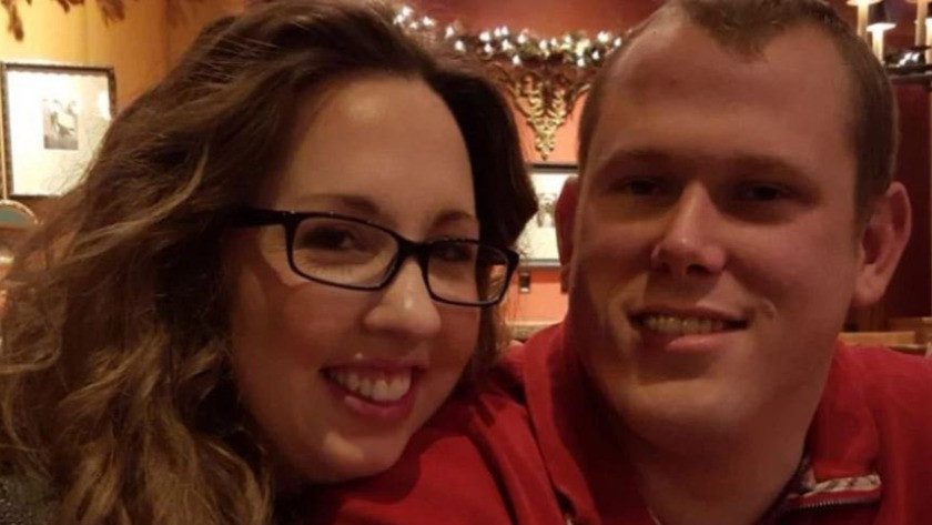 Kan donduran olay: Asker, hamile eşini çocukların önünde vurdu