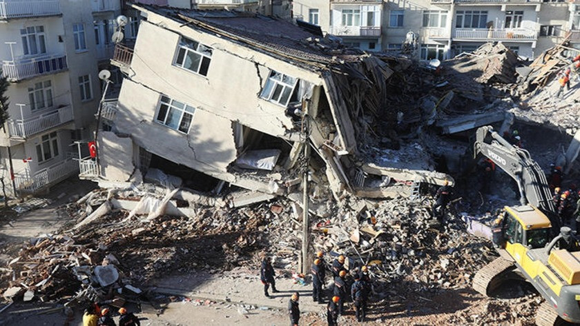 Elazığ'da depremin ardından 68 kişi hastaneye başvurdu
