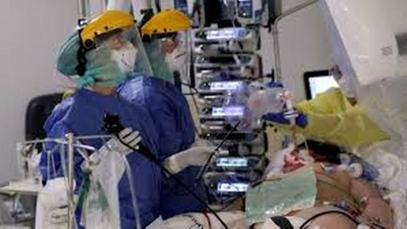 Mısır'da bir hastaneden kan donduran görüntüler!