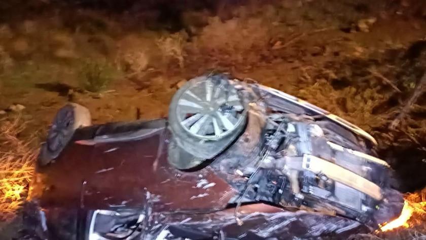 Muğla'da otomobil şarampole devrildi
