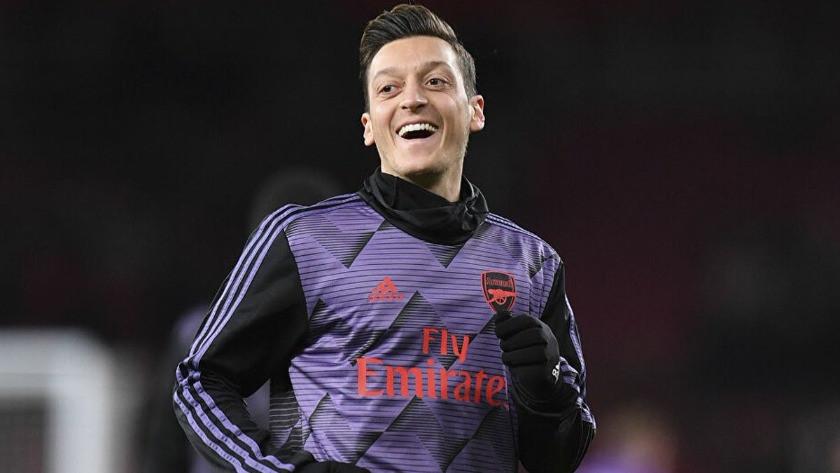 Fenerbahçe transferinde son dakika! İşte Mesut Özil'in forma numarası