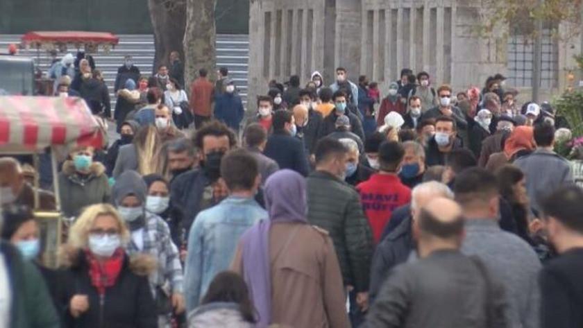 İstanbul'da yasaktan önce alışveriş yoğunluğu yaşandı