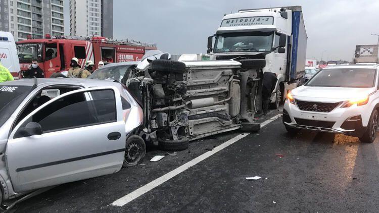 Esenyurt TEM Otoyolu'nda zincirleme kaza! Trafik kilitlendi - Sayfa 2