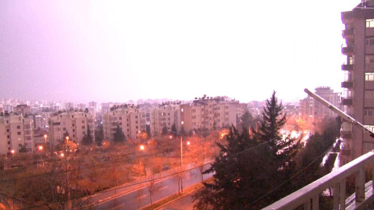 Kahramanmaraş'ta şimşekler geceyi gündüze çevirdi! video izle - Sayfa 4