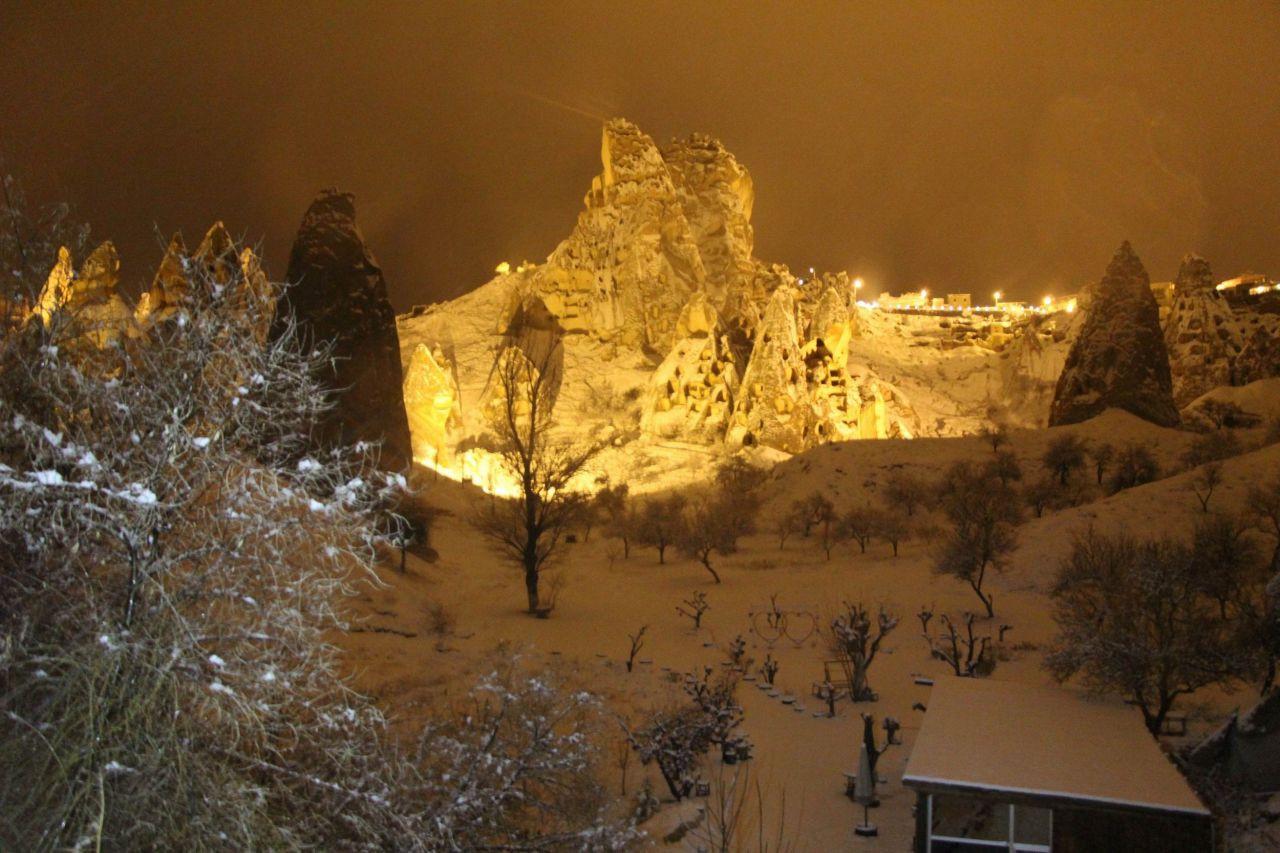 Kapadokya beyaza büründü! Kapadokya'da kartpostallık kar manzaraları! işte büyüleyen görüntüler! - Sayfa 1