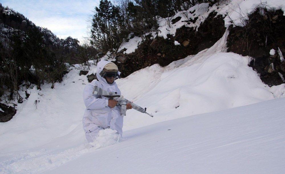 Karadeniz'deki yaylalarda komandolar PKK'ya karşı eksi 10 derecede operasyon! - Sayfa 2