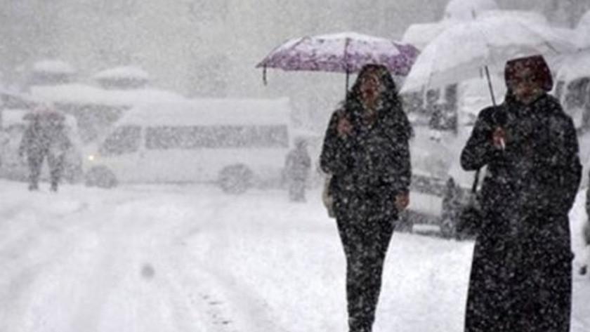 Öğrenciler, engeliler, hamileler… İşte 16 Şubat Salı günü kar tatili kararı alan illerin tamamı...
