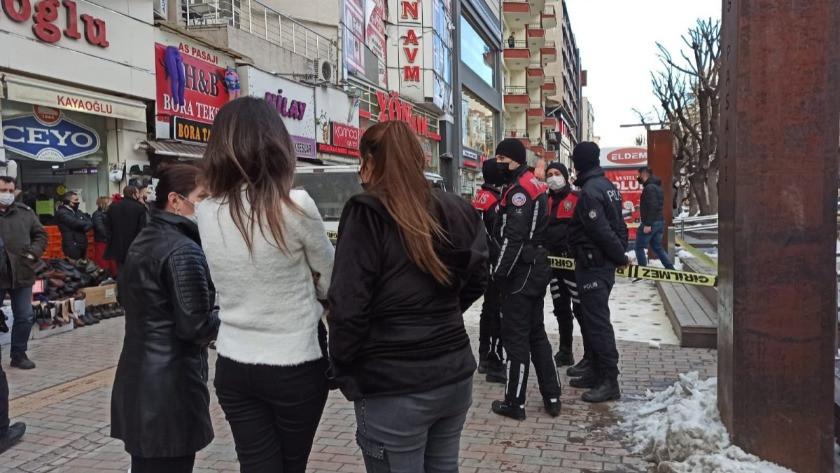 Eskişehir'de anne-baba ve 4 yaşındaki çocukları öldürüldü