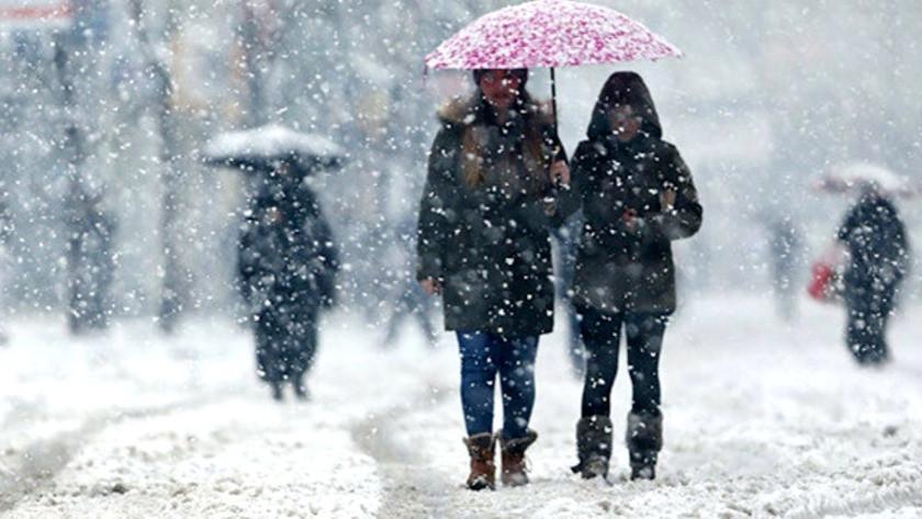 Sıcaklıklar düşüyor! Meteoroloji il il uyardı...  Yoğun kar yağışı uyarısı | 16 Şubat 2021