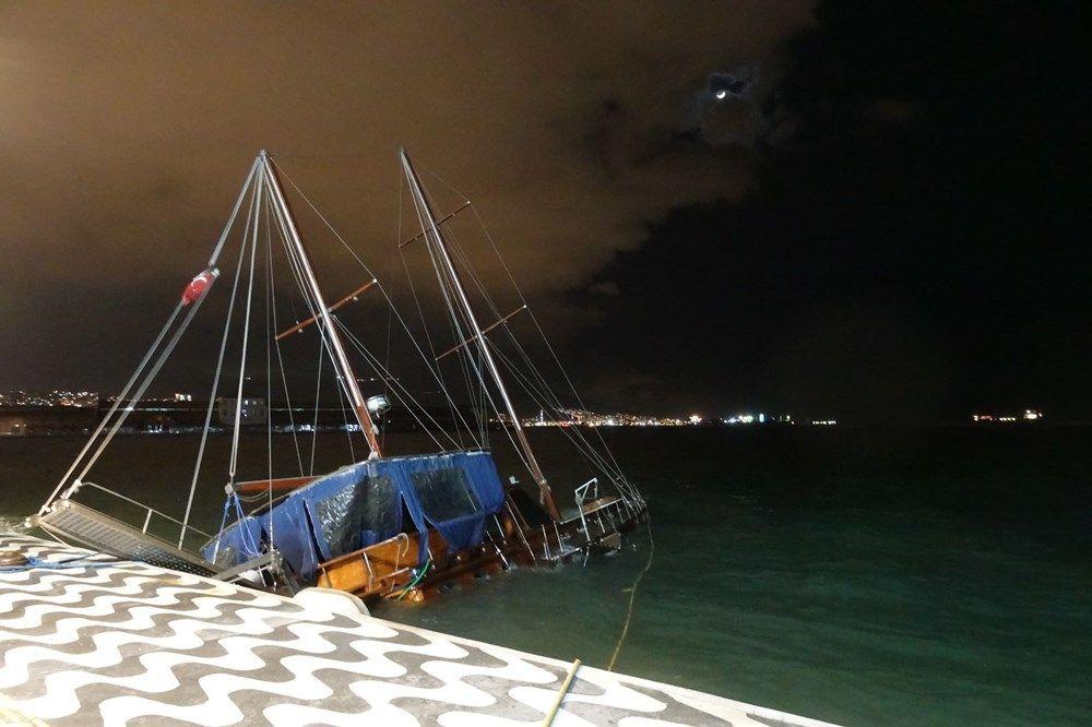 İzmir'de fırtına kabusu geri döndü! Ağaçlar devrildi, tekne yan yattı - Sayfa 2