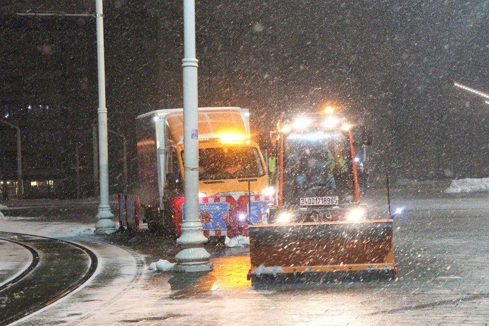 İstanbullular dikkat! Kar yağışı yeniden etkisini artırdı - Sayfa 4