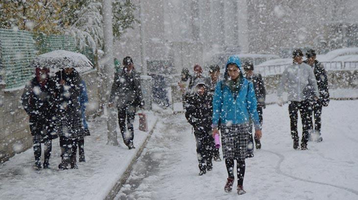 Yoğun kar yağışı yüz yüze eğitimi aksatıyor! İşte kar engelinden okulların tatil edildiği illerimiz! - Sayfa 2