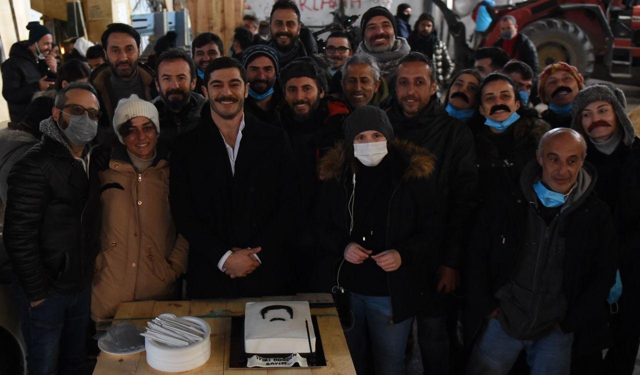 Maraşlı'nın başrol oyuncusu Burak Deniz'e doğum günü sürprizi - Sayfa 3