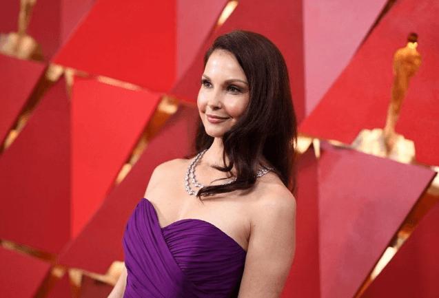 Ashley Judd Kongo Cumhuriyeti'nde ormanda 5 saat sonra kurtulabildi - Sayfa 2