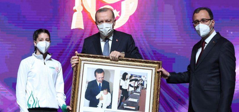 Cumhurbaşkanı Erdoğan'a sürpriz! Fotoğrafın detayları ortaya çıktı - Sayfa 1