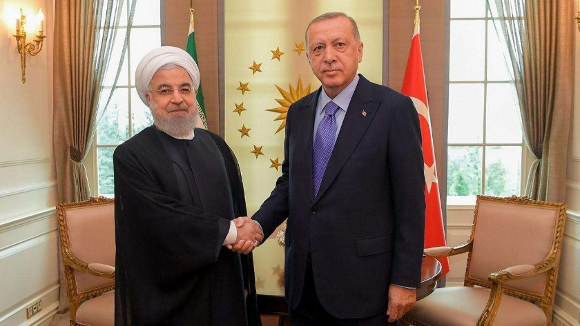 Erdoğan İran Cumhurbaşkanı Ruhani ile telefonla görüştü