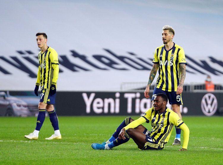 Fenerbahçe'de Göztepe yenilgisi sonrası ortalık karıştı! Fenerbahçe'de Erol Bulut'un yerine 4 aday - Sayfa 3