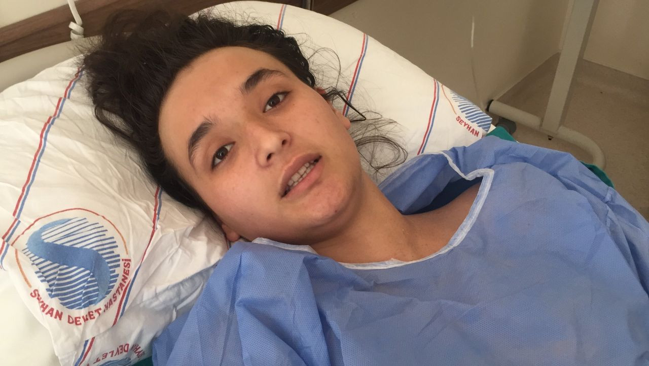 16 yaşında anne olan genç kadın koca şiddetine dayanamayınca ölmek için 3. kattan atladı! video izle - Sayfa 2