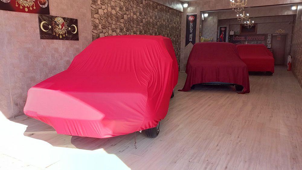 Gözü gibi baktığı orijinalliğini koruyan klasik otomobillerine fiyat biçemiyor! video izle - Sayfa 1