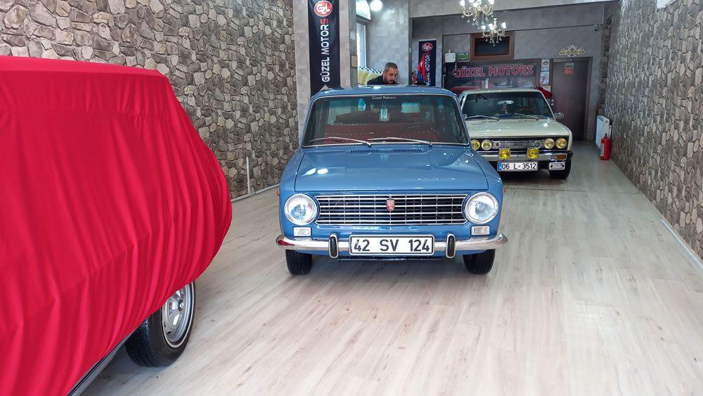 Gözü gibi baktığı orijinalliğini koruyan klasik otomobillerine fiyat biçemiyor! video izle - Sayfa 4