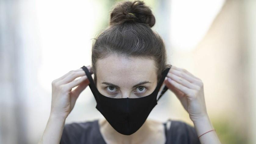 Maske ne zamana kadar hayatımızda olacak? İşte maskeleri atacağımız tarih...