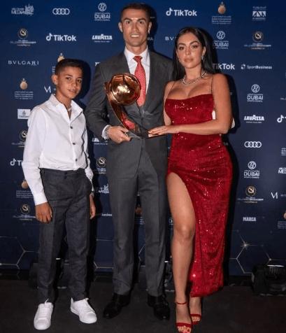 Ronaldo'nun sevgilisinden seksi pozlar - Sayfa 3