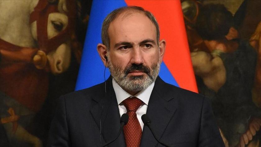 Ermenistan'da Paşinyan'ı takan yok!