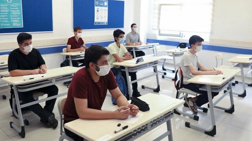 Ziya Selçuk: Yüz yüze sınavlara illerin durumuna göre karar verilecek