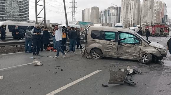 TEM Otoyolu'nda feci kaza ! 4 kişi yaralandı - Sayfa 1