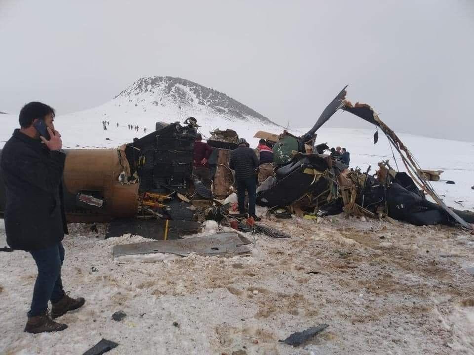 Bitlis'te düşen helikopter kazasında şehit olan askerlerimizin isimleri belli oldu! Türkiye yasta! - Sayfa 2