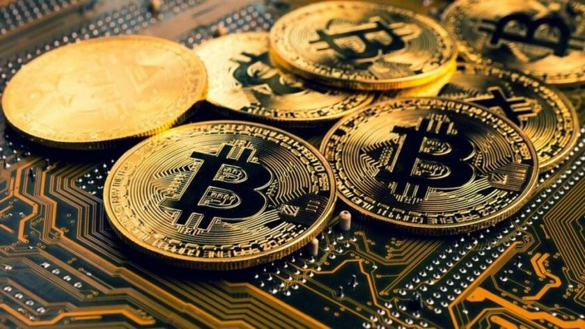 Milyarder isim Bitcoin'e yatırım yapıyor!